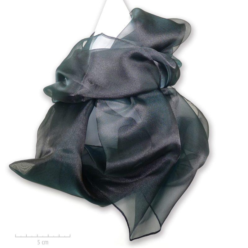 Grande étole unie noire et reflet vert foncé moiré. Foulard habillé de  transparence d  2b2e9dc78ac