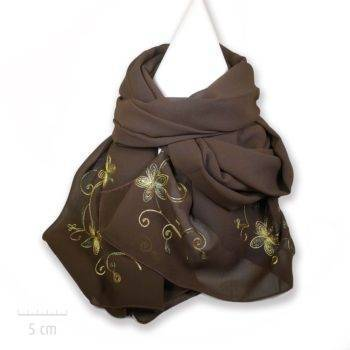 Grande étole marron brodée de fleurs jaune vert. Tissus crêpe opâque satiné, tendance bohème, femme romantique vintage. Création Zor paris
