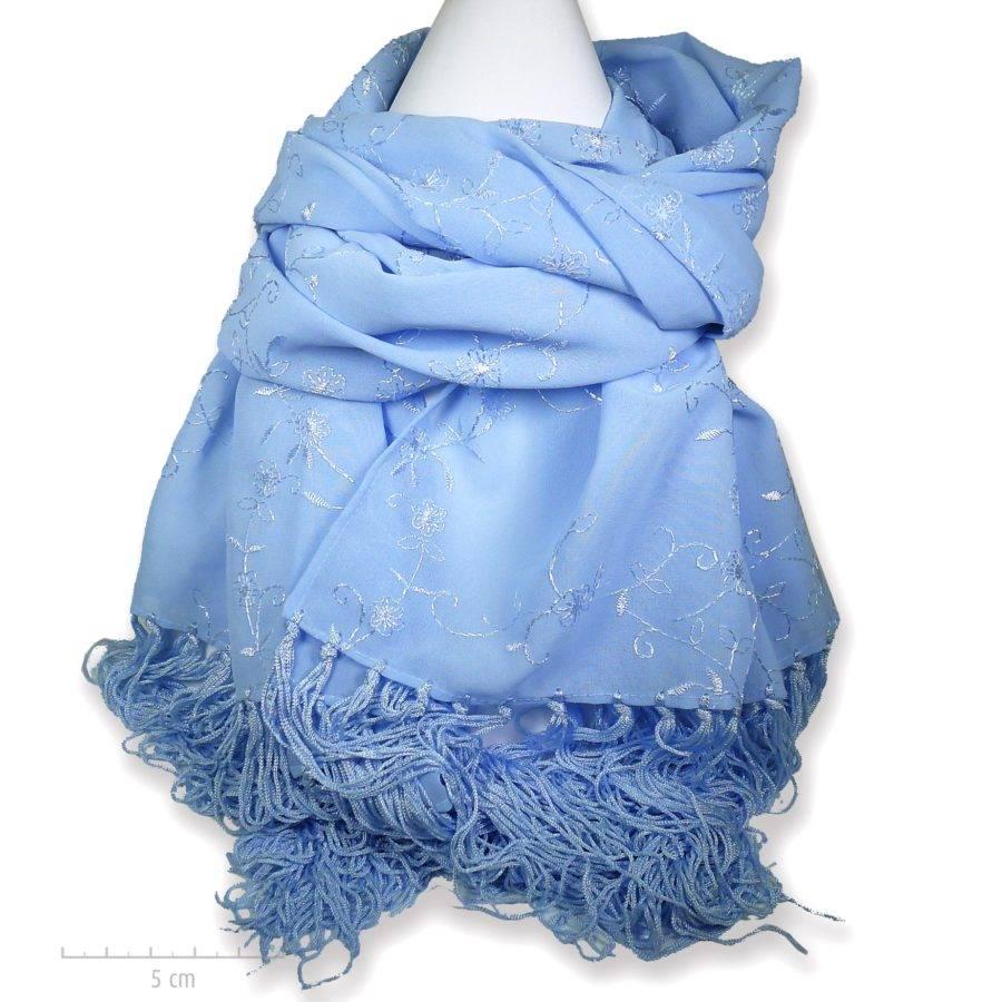 Echarpe angélique bleu ciel, brodée à longues franges. Charme tzigane folk, grand foulard plaid, toutes saisons. Fibre végétale. Création Zor Paris