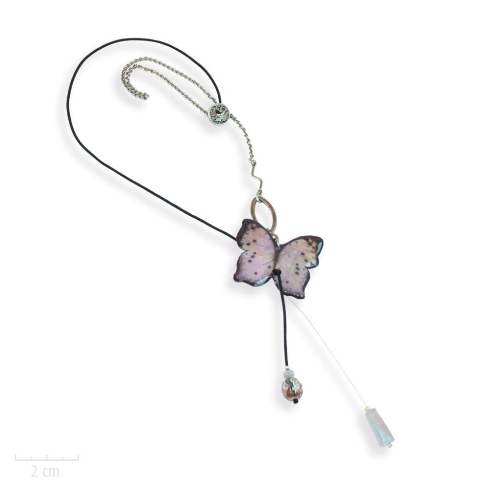 accessoire pour cheveux enfant de mode cheveux ludique, bijou de tête papillon MODULABLE en collier pendentif. NATURE PRECIEUSE: quartz rose, femme ou enfant. Sébicotane Zor Atelier