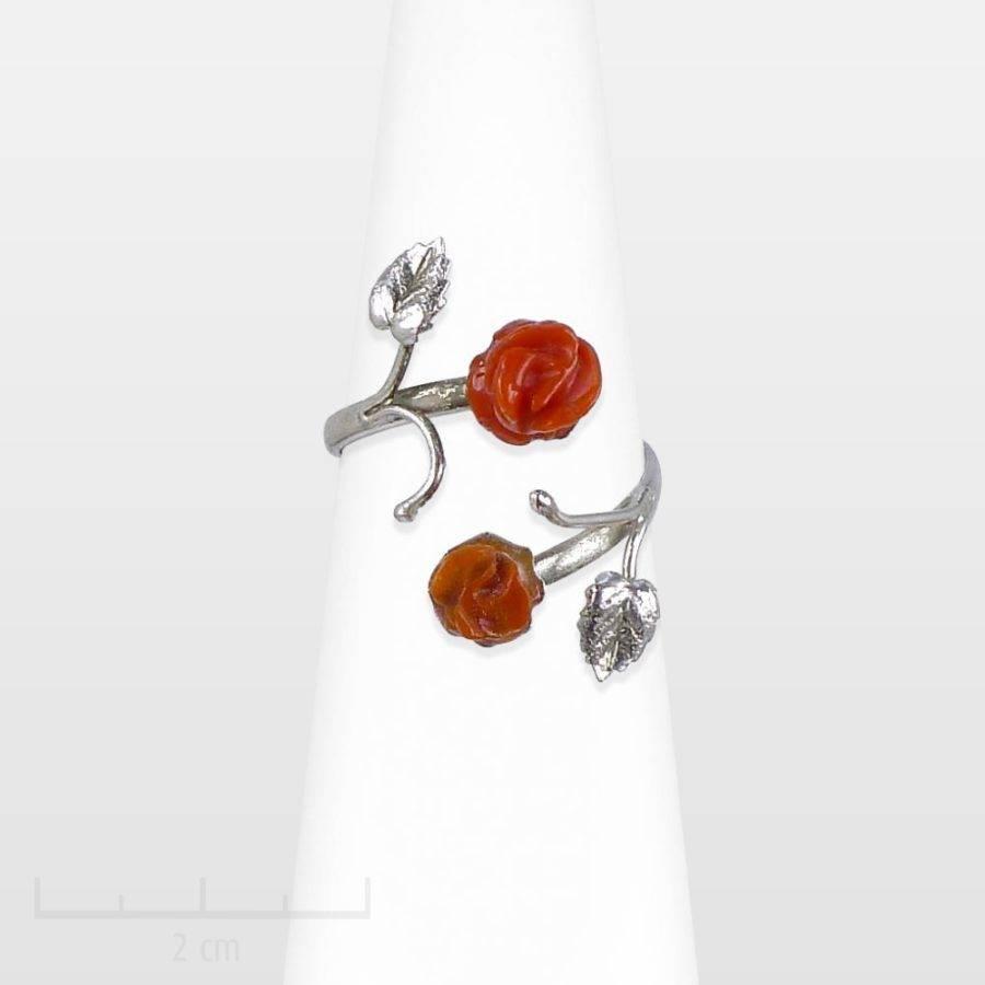 Petite bague anneau ouvert argent, fleur célèbre: rose minimalisme romantique. BIJOU raffiné et précieux corail. Féminité sensuelle. Création Zor Paris