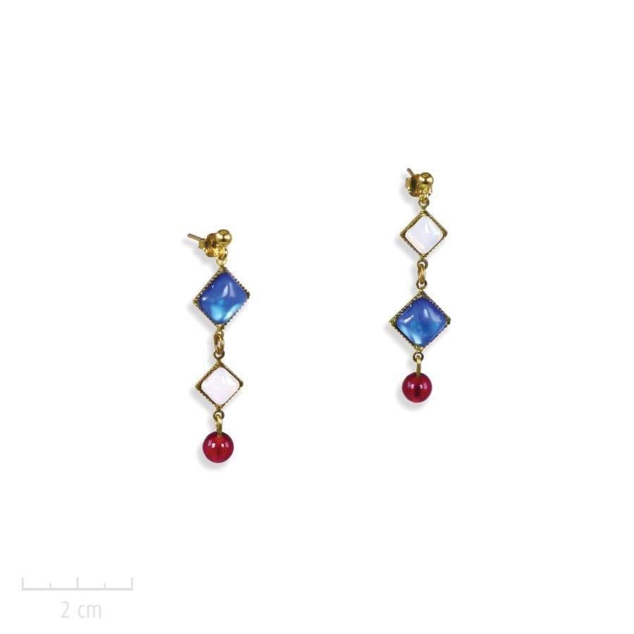 Boucles d'oreilles à clou pendante. Création Zor moderne, carré cristal opale, bleu blanc rouge. bijou couleur du drapeau français, symbole de paix, amour et solidarité
