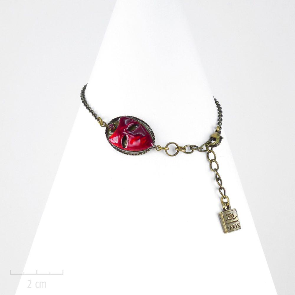 Bracelet best-seller, chaîne et masque de couleur. Gourmette mystère, symbole del'Arlequin Rouge. Bijou emblème, Carnaval de Venise. Zor création Paris