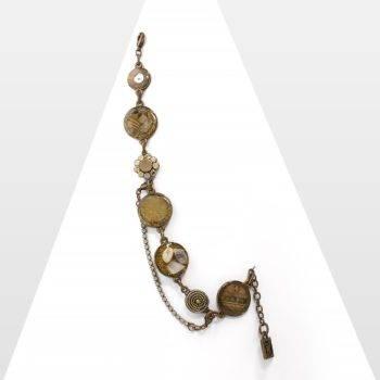 Bracelet Zor Paris, création ethnique chic. Bijou fantaisie haute de gamme, sophistiqué et élégant. Inspiré des tissus africains. Pierre fine, cristal pastel