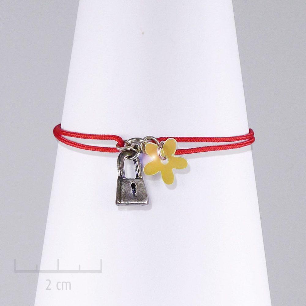 Bracelet cordon, ludique et symbole secret du cadenas charms miniature. Bijou fantaisie, message d'amitié et d'amour. Style vintage, Création Sébicotane Zor