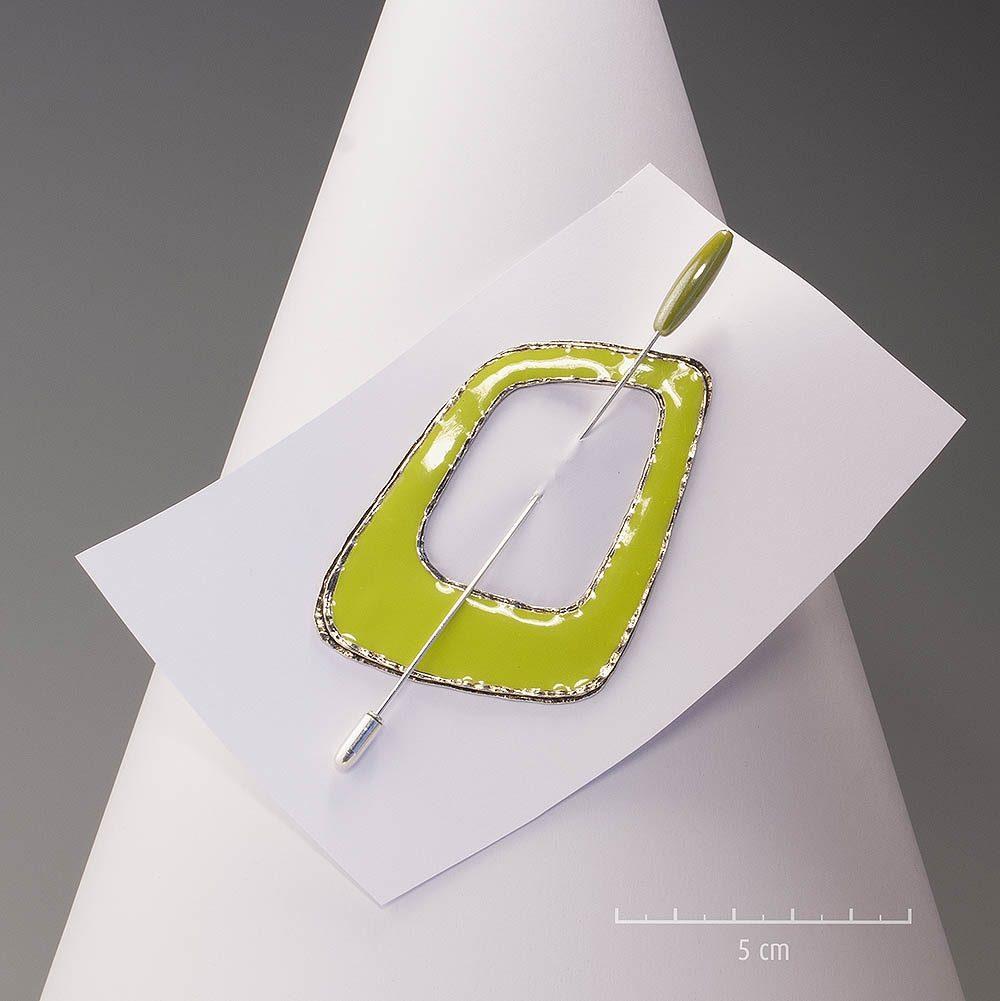 Broche pic moderne, bijou modulable en pendentif, moderne et épurée. 2 faces , coté émail vert et envers argenté. Création ZOR, fabrication française, fantaisie