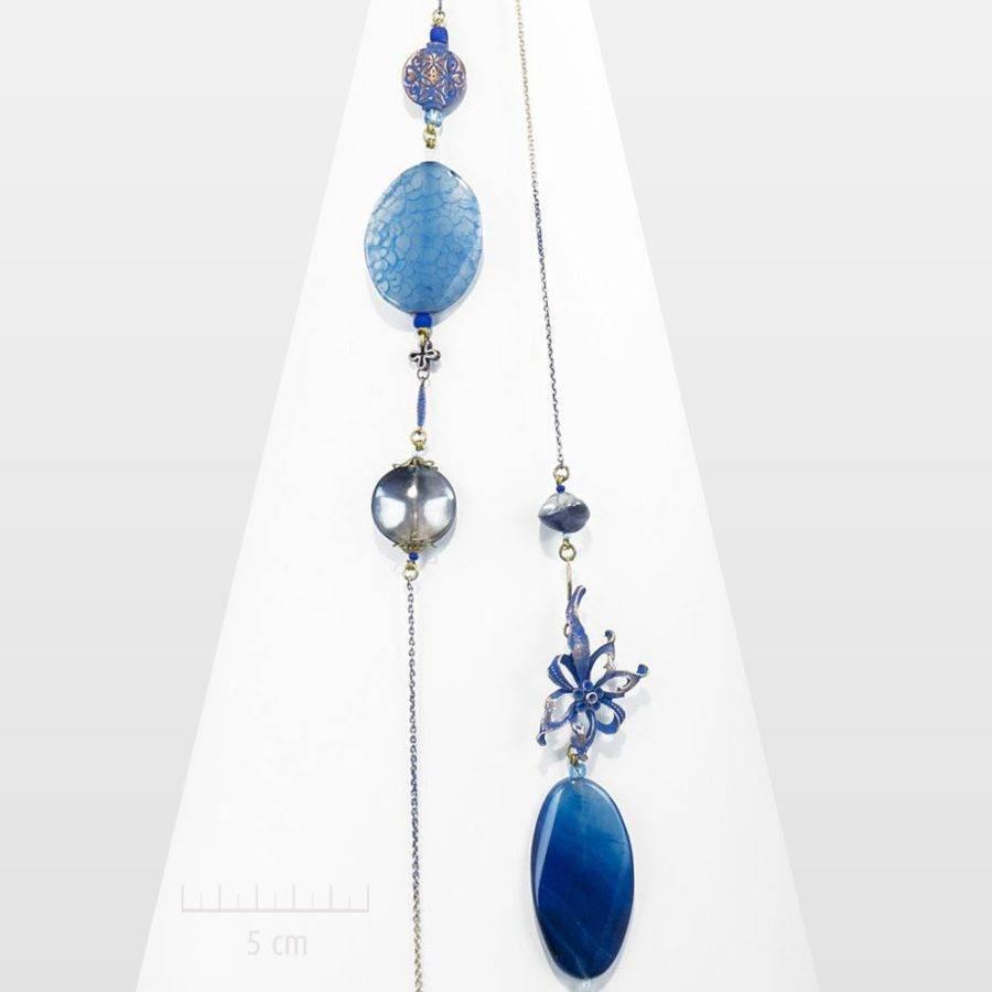 Bijou romantique, nature zen: sautoir fleurs étoile, gentiane bleue.Collier long, vintage, cristal et pierre fine d'agate céleste.Création Zor Paris