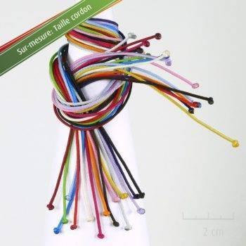 Option Sur-mesure cordon pour créer à la demande son bijou perso. Contact direct avec le créateur, customisation de taille de lacet pour bracelet. Création ZOR Atelier