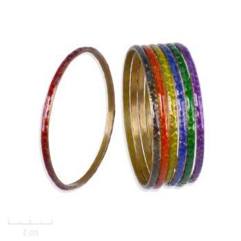 Bracelet jonc, semainier bangle. Losange gravé symbole du bestseller L'Arlequin Rouge. Couleur émail Jaune, Vert, Noir, Bleu, Violet, Orange. Création Zor