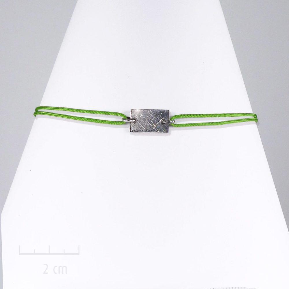 Bracelet plaque rectangle. Bijou discret pour HOMME, cordon nœud coulissant, argent vert. Design géométrique unisexe, touche moderne rock. Création Zor