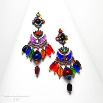 Très grande boucle d'oreille Arlequin. Grand clip TRH multicolore haut de gamme en hommage au Carnaval de Venise.Création Zor Paris