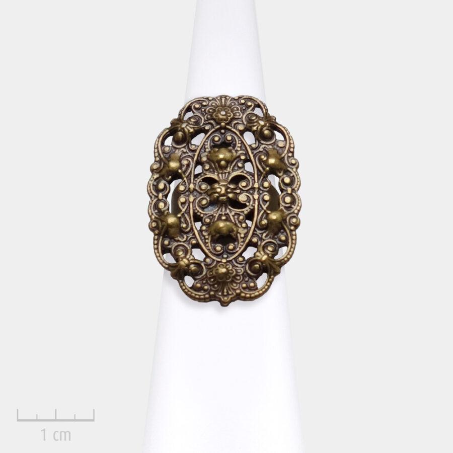 Bague Bohème, bijou ovale en métal bronze antique pour femme. Fantaisie vintage, style féminin Création Zor Paris