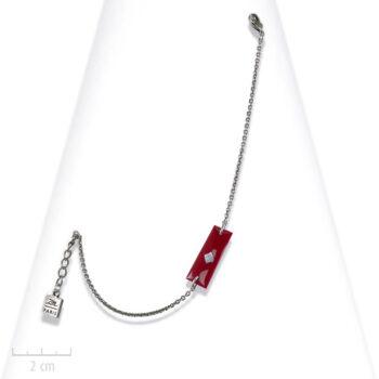Bracelet enfant Arlequin, chaîne gourmette à plaque. Bijou fantaisie Zor, drapeau de la tribu Rouge, identité du clan du roman d'aventure TRH
