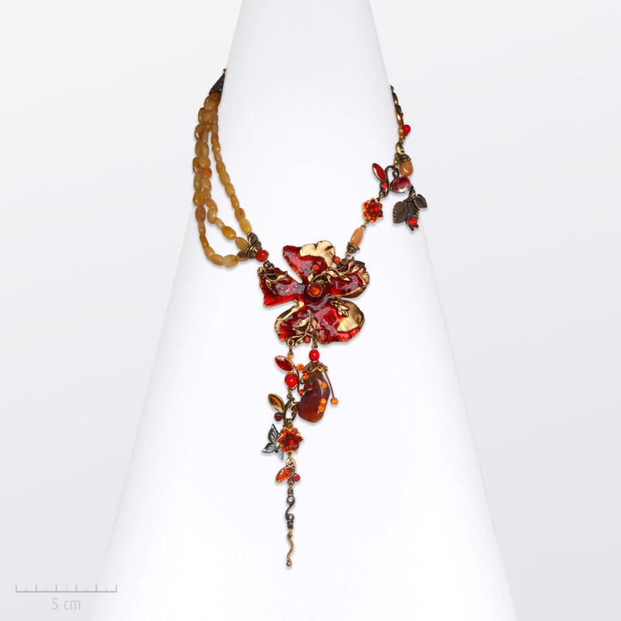 Collier Romantique, grand sautoir précieux rouge. Bijou fleur haut de gamme, créations haute fantaisie, Zor Paris 1