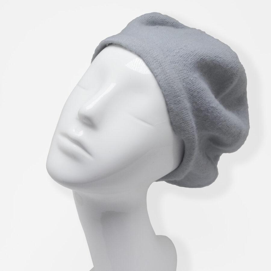 Chapeau: cloche, casquette ou béret 100% laine. Feutre gris en boutique Zor Paris création Made in France