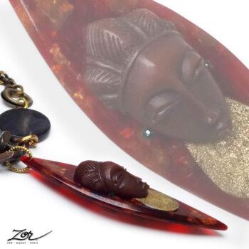 Collier ethnique, sculpture totem, pendentif à tête africaine . Bijou précieux en pierre fine, sautoir haut de gamme Zor Paris 2