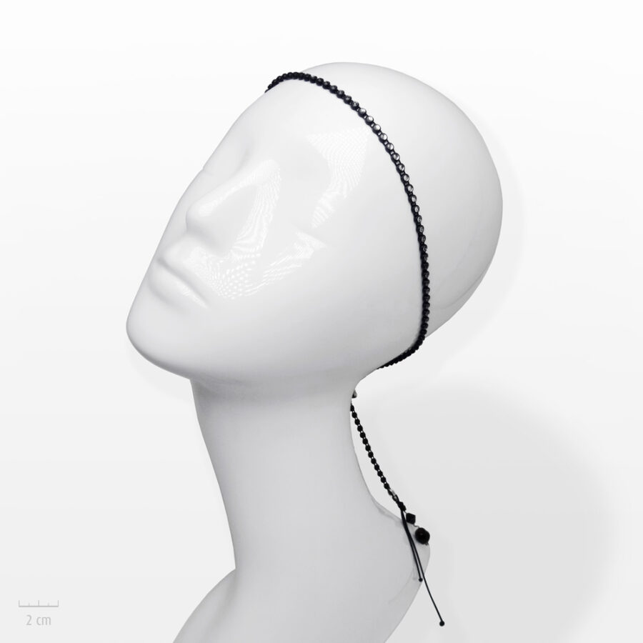 Accessoire pour cheveux Moderne. Bandeau fin argenté, noir et strass cristal. Bijou de tête glamour et rock fantaisie de Zor Paris 1