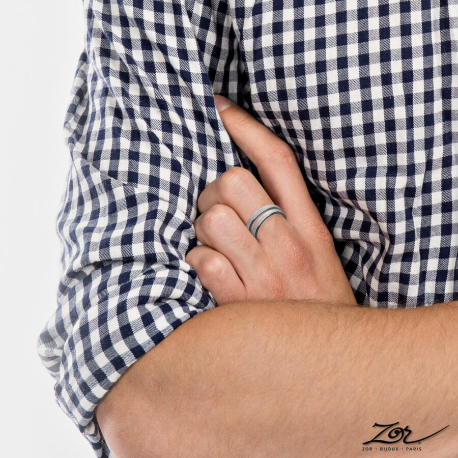 bague homme 1 anneau acier argent. Bijou simple au masculin. Made-in-France, Createur Zor Paris 2